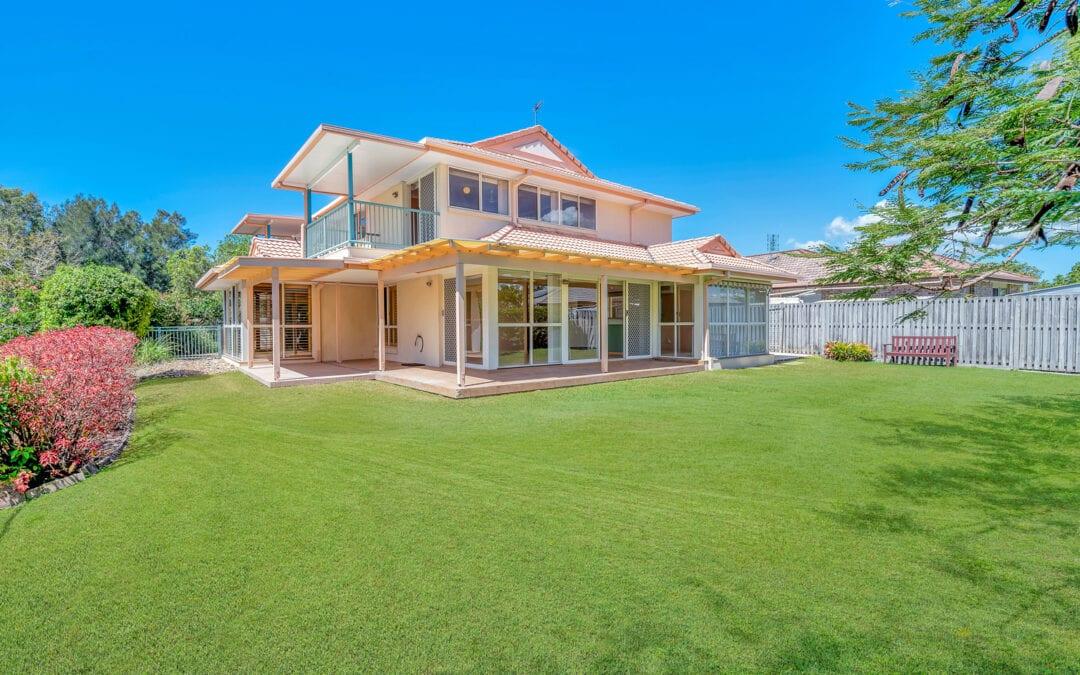 53 Casuarina Drive, Elanora QLD 4221
